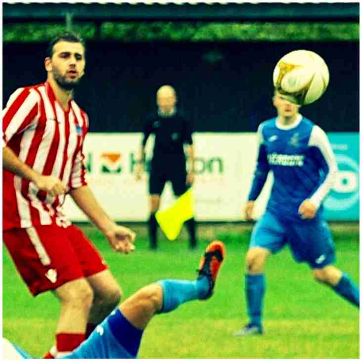 New Striker signs for Swifts