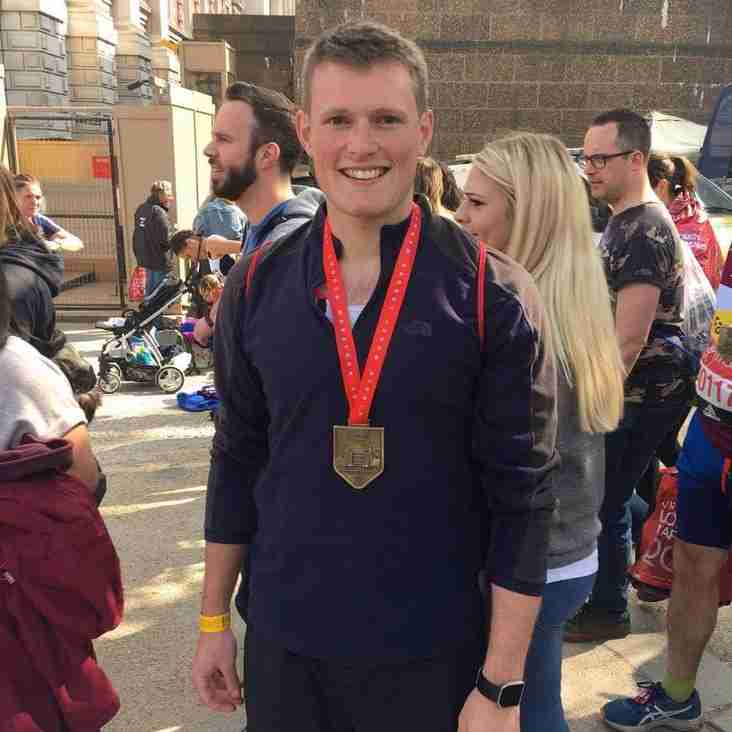 Will Vernon and James Gwinnett complete London Marathon