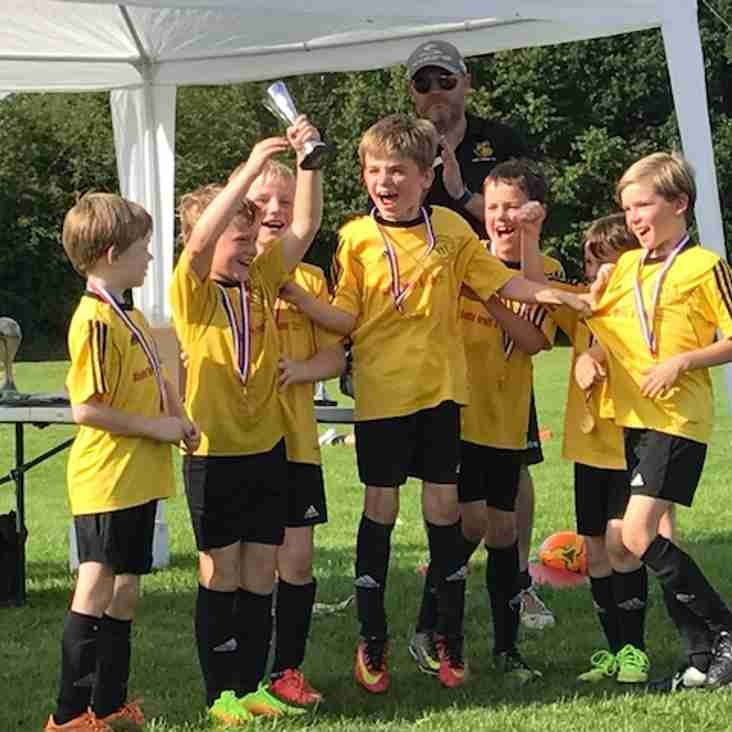 Queensgate Under 9's: Cleaning Up the Silverware!
