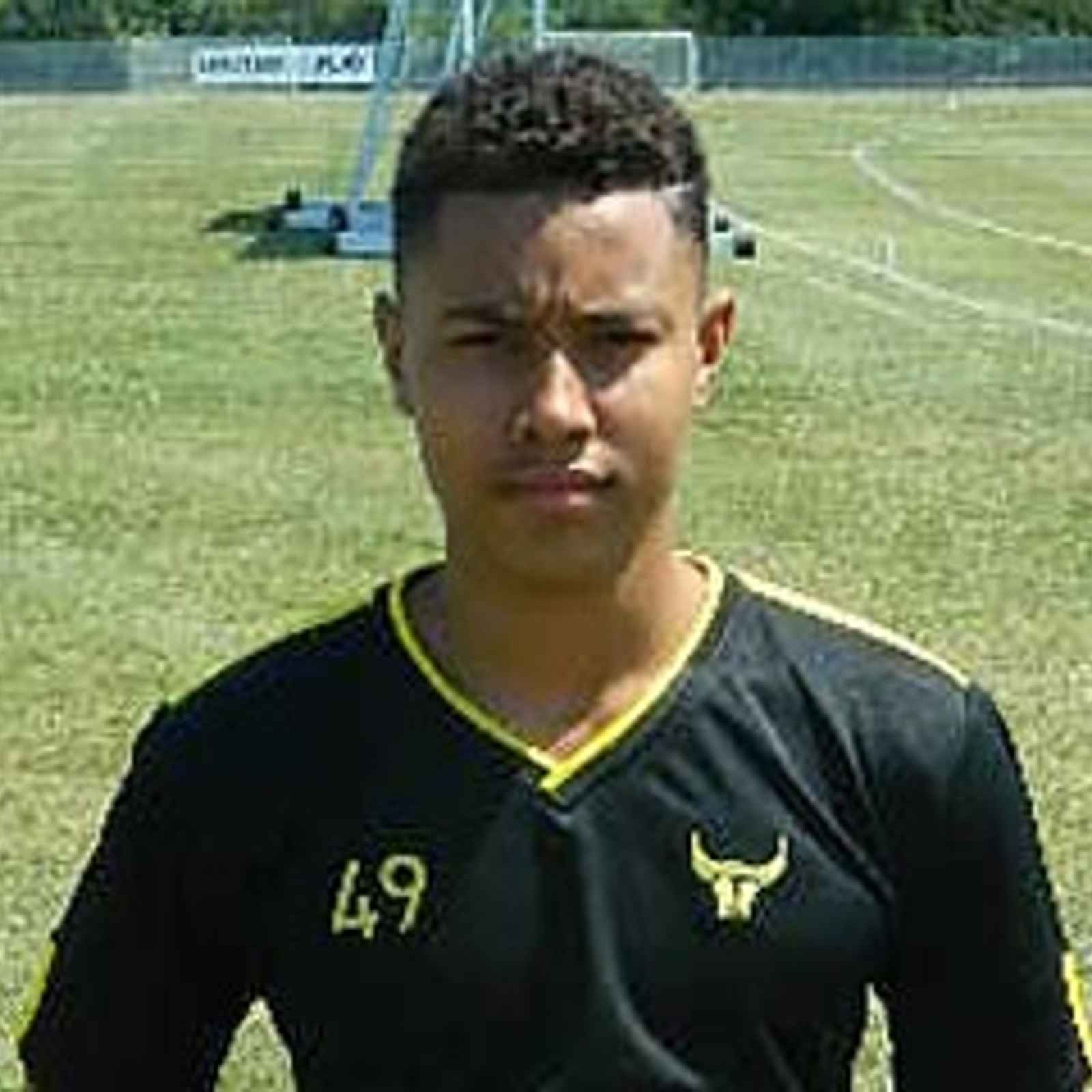Oxford Youngster Signs On