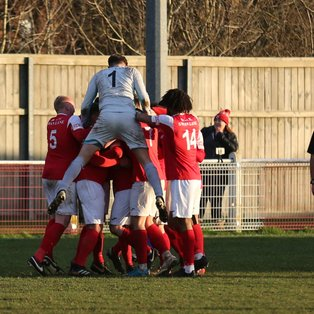 Second Half Trio Sinks Robins