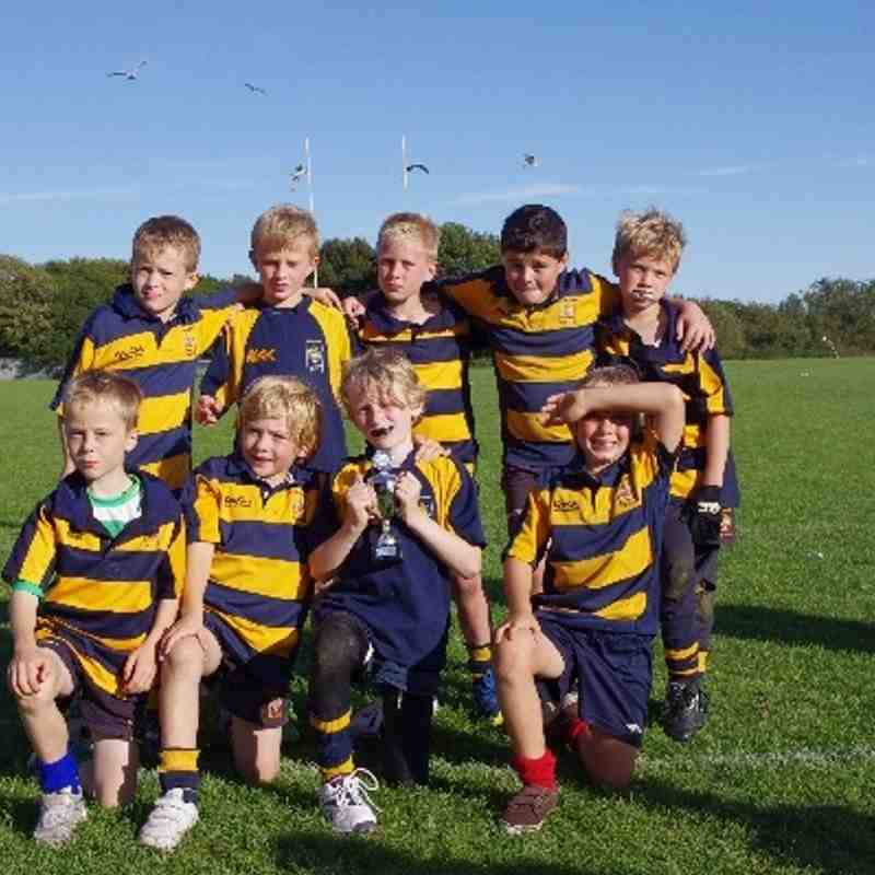 Eastbourne U9s Win Hastings and Bexhill Tournament by winning every match