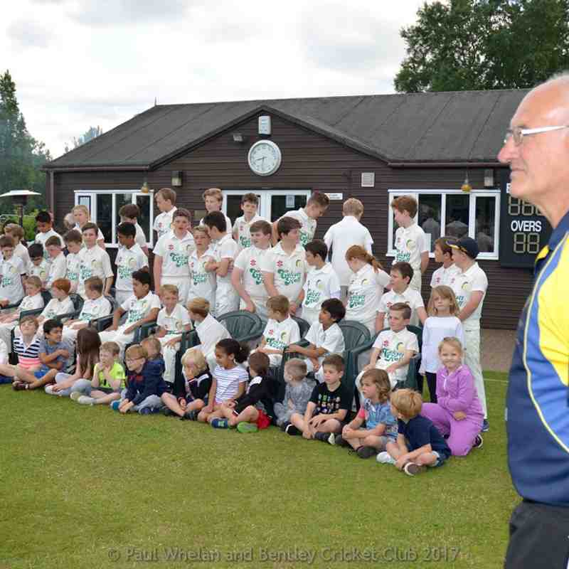 2017-06-09 - Bentley CC Sponsors Team Photo & Training Evening