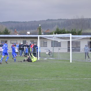 Ruthin town 2 - Guilsfield 1