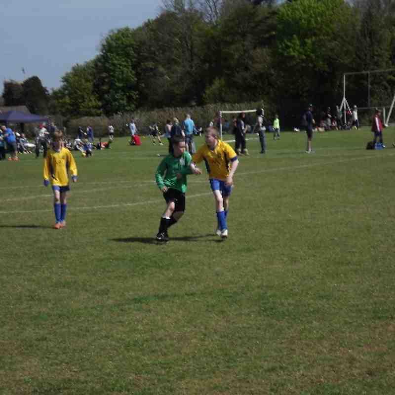 U11s 6 a side Tournament Chesterton 06/05/13