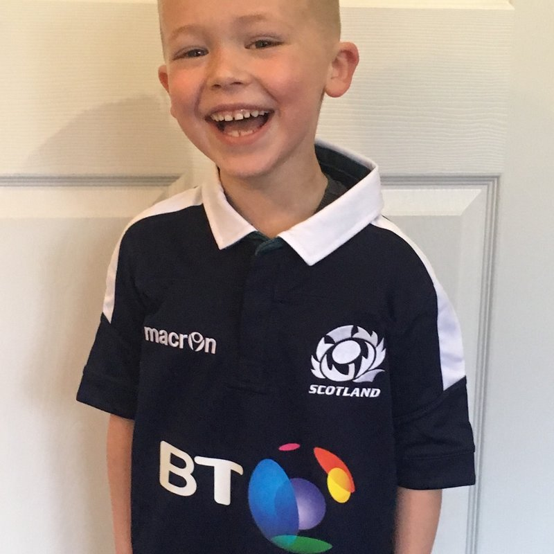 Lasswade Mini player to be Guard of Honour at Murrayfield