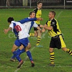 Burnham FC (Res) vs Chinnor - 16.11.13 Hellenic Div 1