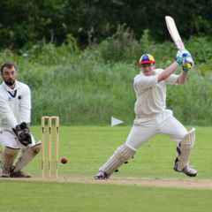 Warrender finds form but in a losing cause.