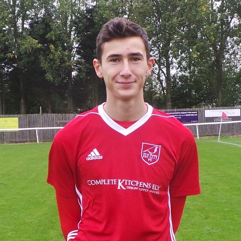 Robins Under 16s Make It A History Making Season For Club