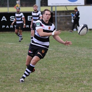 Dominant Gravesend secure great win
