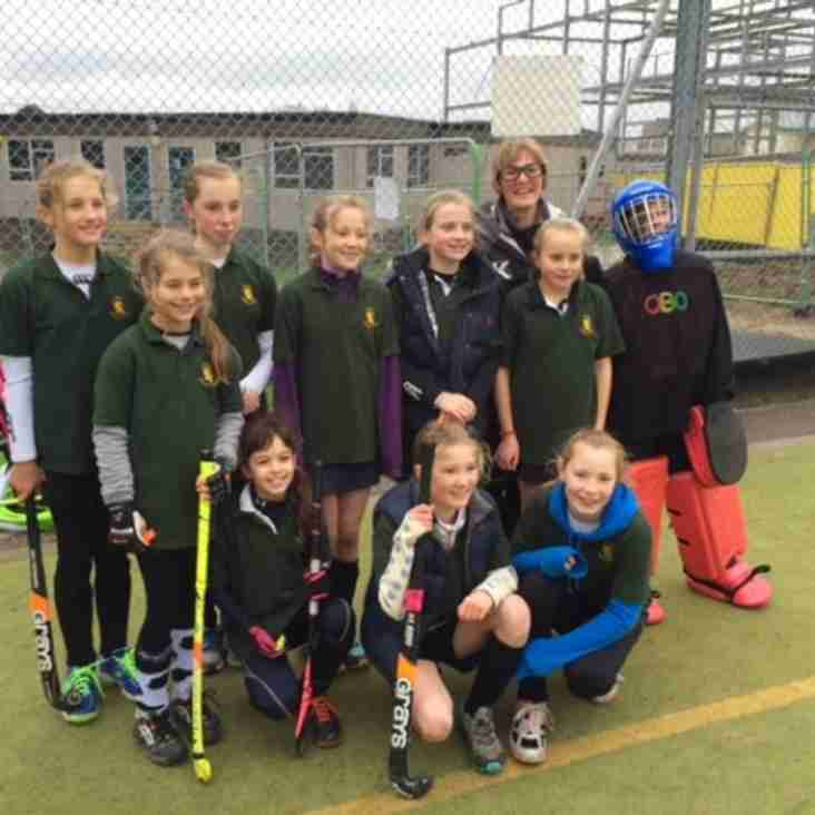 Girls u12s shine in the sun at Horsham