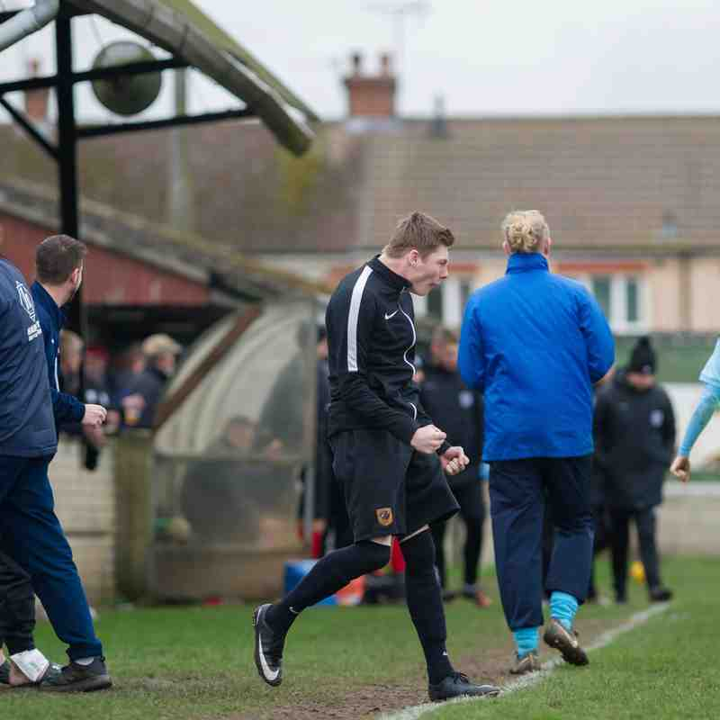 Brigg Town CIC v Lincoln Moorlands Railway FC