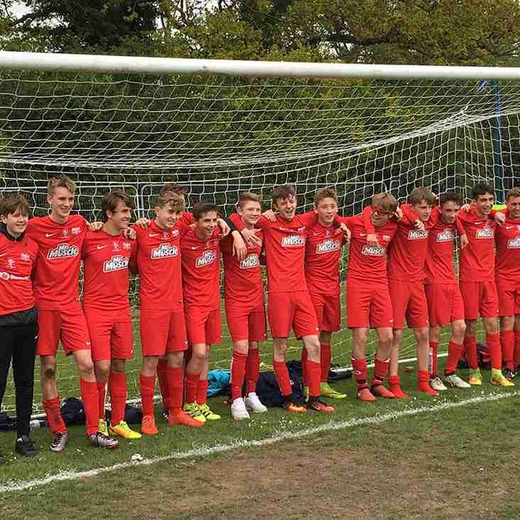Binfield U15 Tigers are Div 3 Champions!