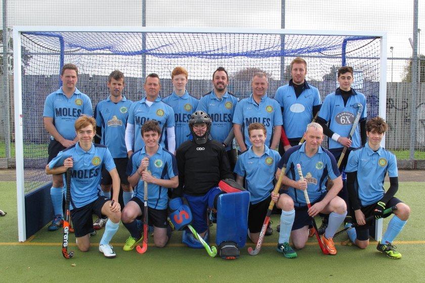 Chippenham Men B beat Royal Wootton Bassett A 2 - 3