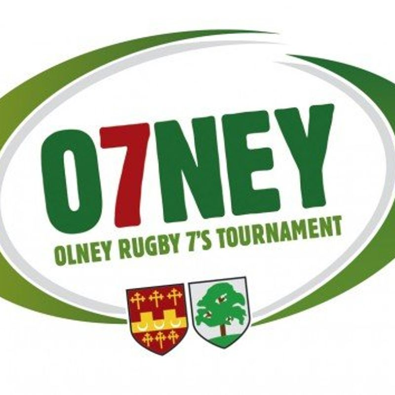Seniors Head For a Weekend of 7s