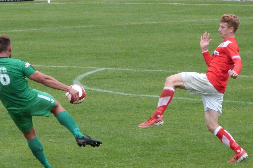 Burzynski thwarts the Reds
