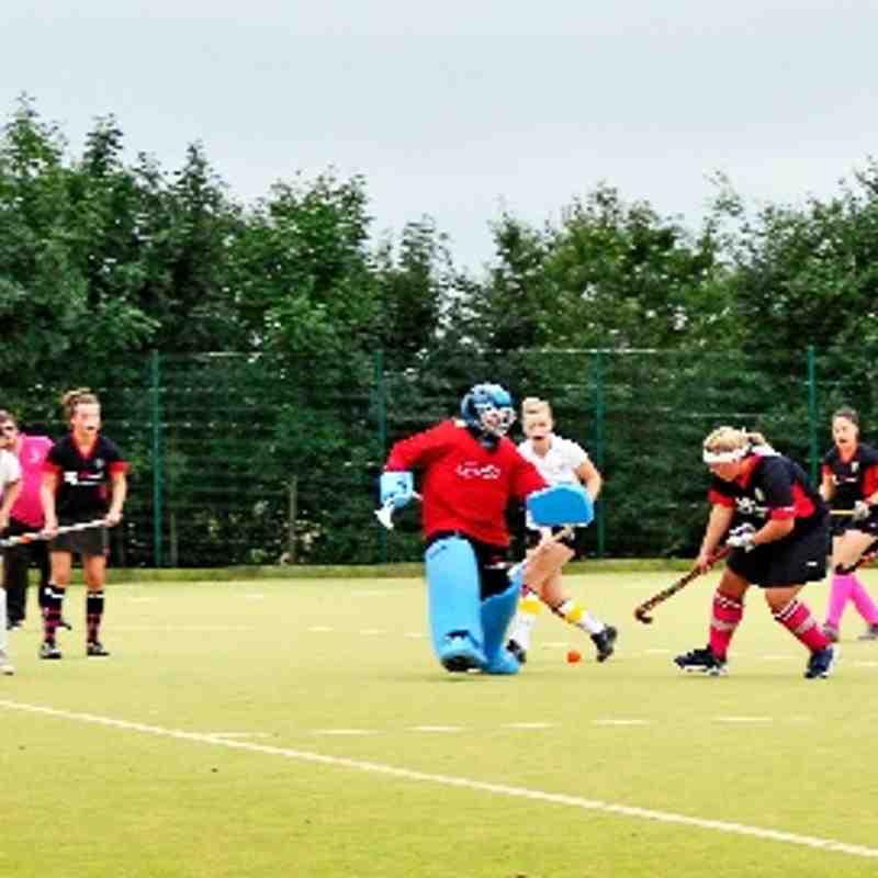 Wootton Wanderers Ladies vs Saints V Ladies