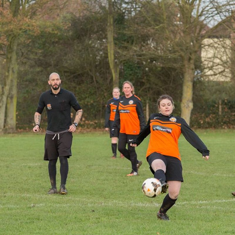 The Hares vs Thurlby Tigers Ladies (credit to J.Sharpe)
