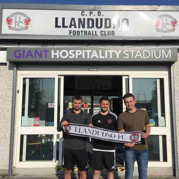 Edwards Duo Join Brother Kai