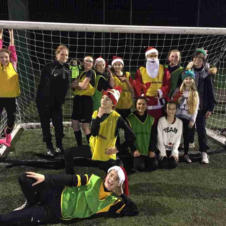 U12 Vixens wish everyone at Waveney FC a very Merry Christmas & a Happy New Year!