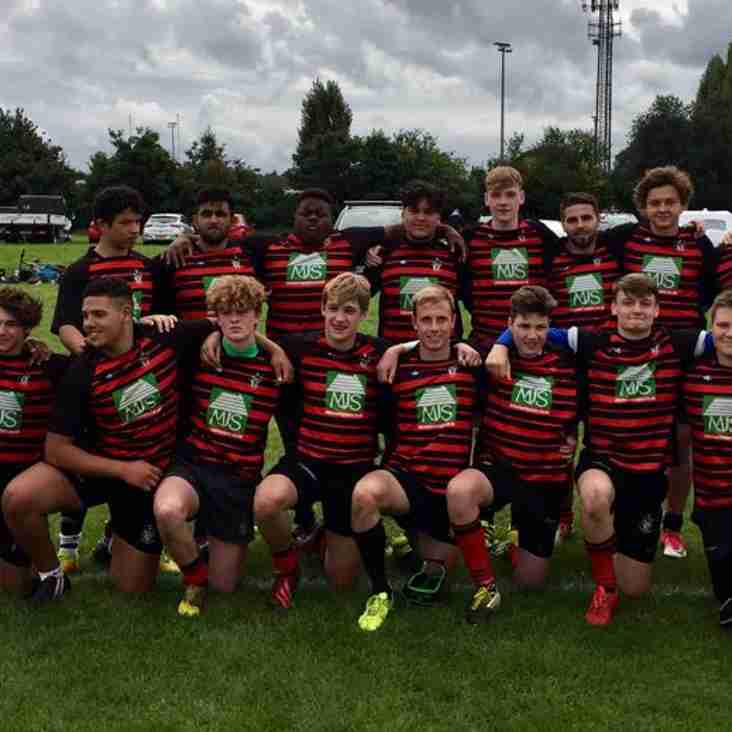 Colts play senior rugby.