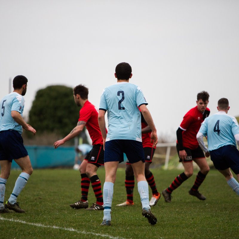 Worthing United First Team lose to Littlehampton Town 1 - 3