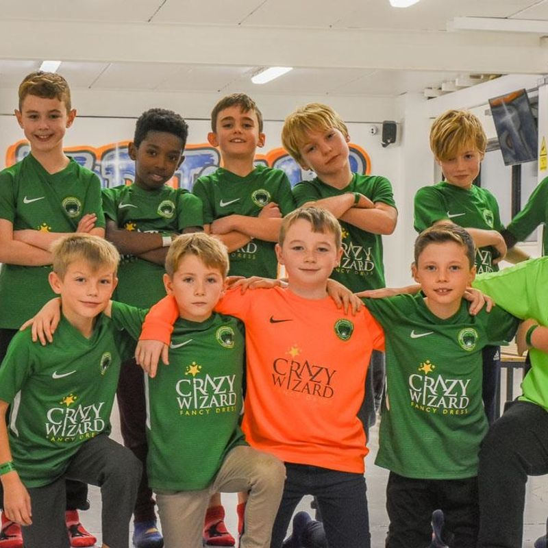 A big thank you to Crazy Wizard Fancy Dress for sponsoring the Under 9 Panthers kit.