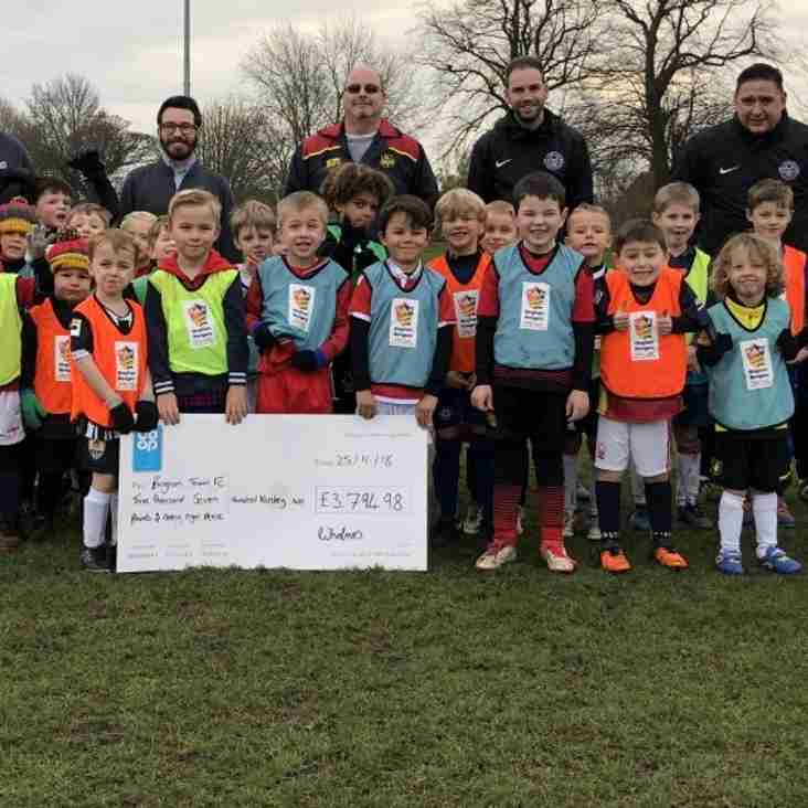 Bingham Rangers say 'Thank You' to Bingham Co-op for £3794.98 cheque!
