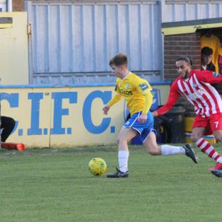 Canvey Island 1-2 Bowers & Pitsea