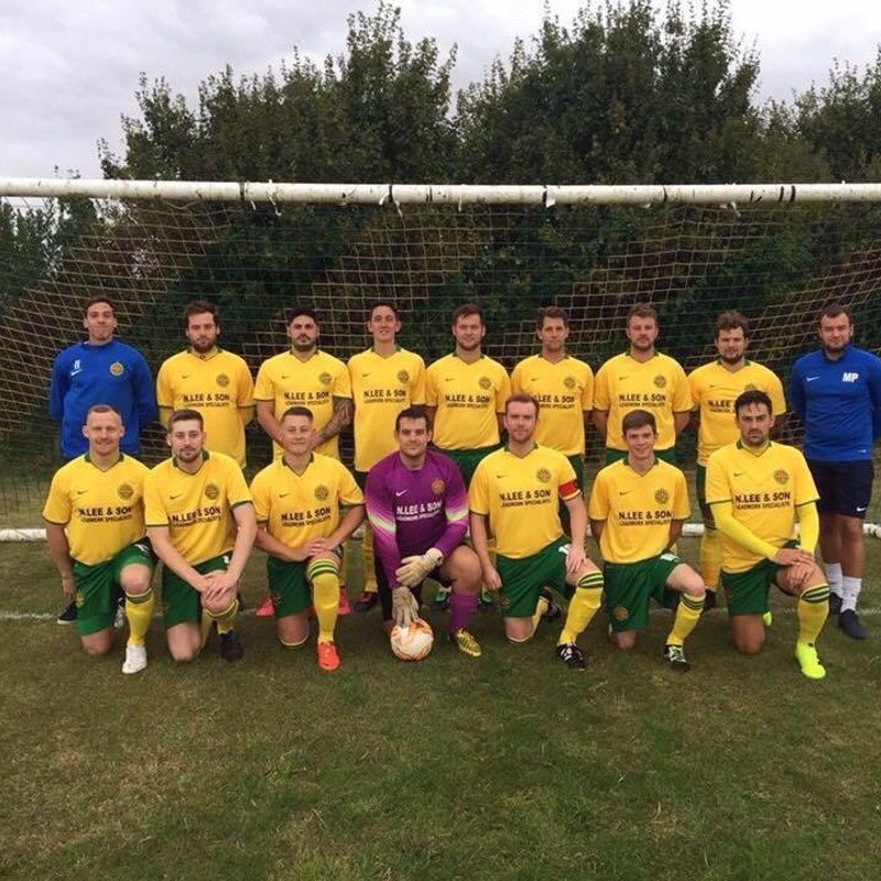 Carterton Rangers - WDFA - Premier Div beat Tower Hill 1 - 0