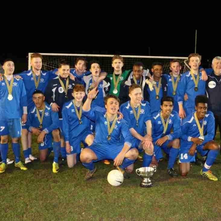 U18s WIN COUNTY CUP