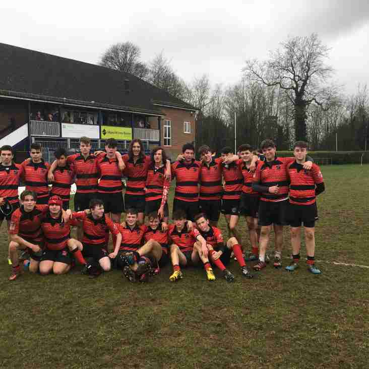 Heath Under 16s win away at East Grinstead