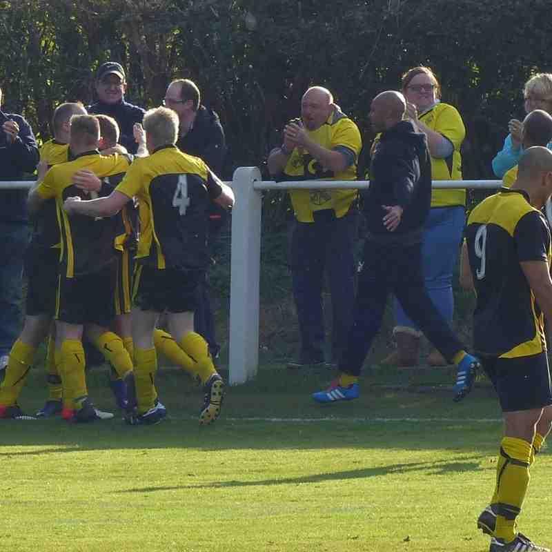 Selston FC v Hucknall Town FC