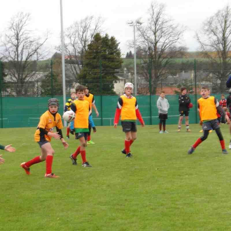 Dunbar P6 Minis at Haddington tournament 01-05-2016