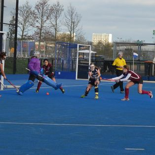 Ladies 1s continue unbeaten run