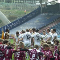 huddersfield giants guard of honour
