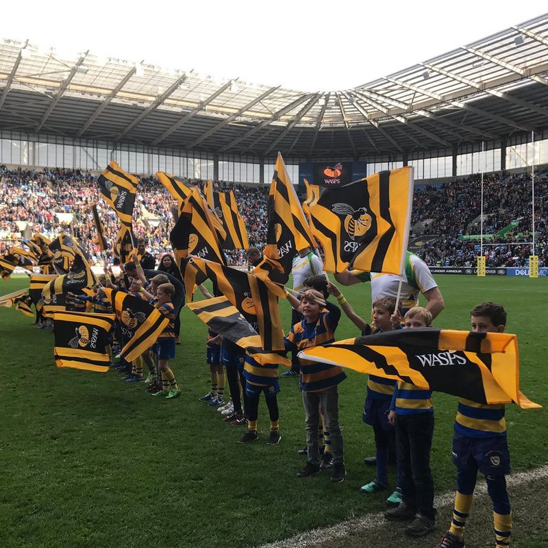 OL's swarm over the Ricoh