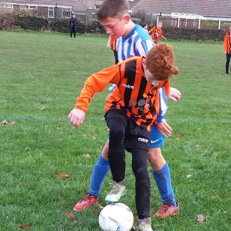 Theo battling against Lepton