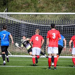 First v Sevenoaks Town - 28th August 2017, pictures courtesy of Craig Carrington.