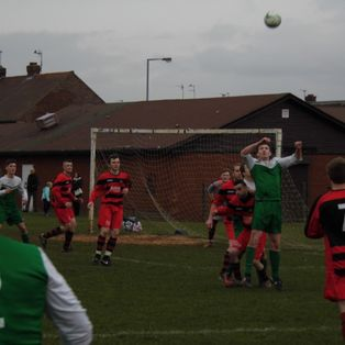 Ellor Treble Keeps United In The Hunt