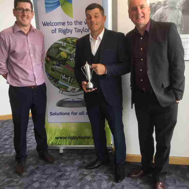 JOHN PETERSON WINS GROUNDSMAN ACCOLADE