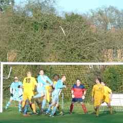 Thames Valley Premier League - Marlow United v Newbury Town