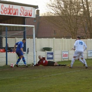 Froggatt's late strike salvages a point