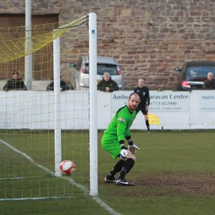 Froggatt's late strike hands Nailers the points