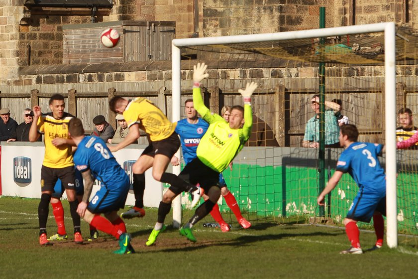 Nailers rock Shaw Lane's title ambitions