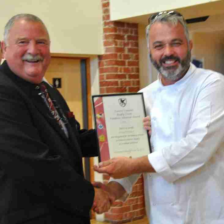 A&TRFC Chairman Kevin 'Stan' Stannard receives RFU Award.