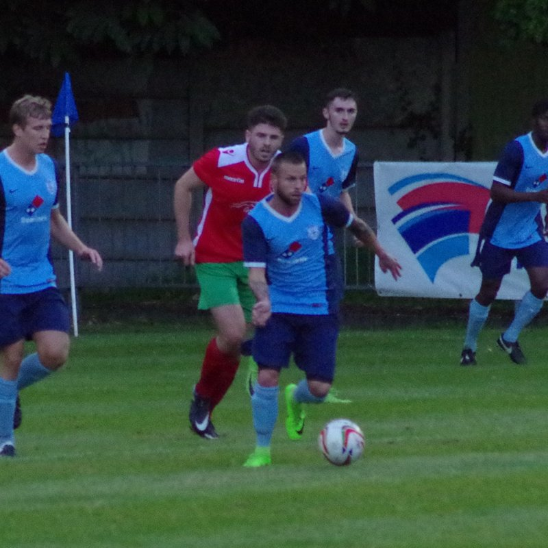 Fleet Town v Chalfont St Peter 15AUG17 by Lyn Bevan