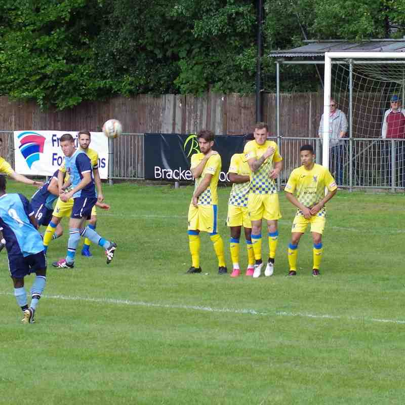 Fleet Town v AFC Totton FACup 19AUG17 by Lyn Bevan