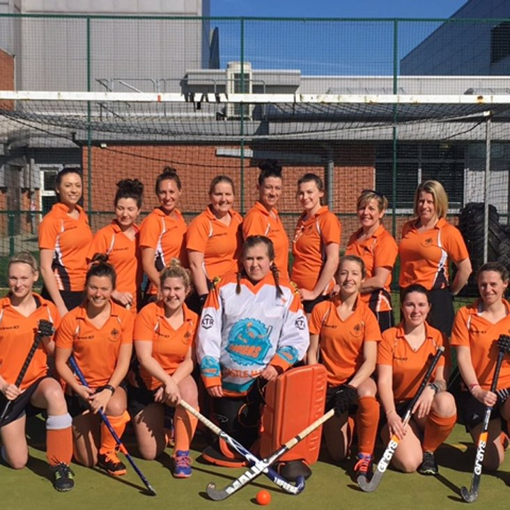 LADIES 1st XI TAKE THE TITLE AND ARE CROWNED LEAGUE CHAMPIONS: <