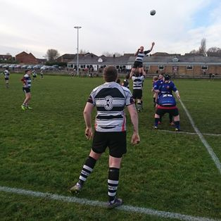 Gravesend secure win over local neighbours with impressive backline performance